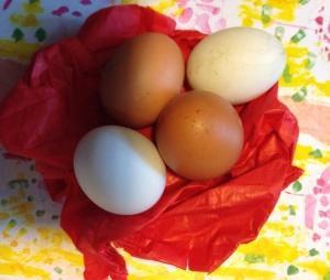uova nel rosso